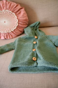 Baby Strickjacke BIO Merino Wolle LIEBLING von nurGUT auf DaWanda.com