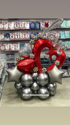 Birthday Balloon Decorations, Balloon Crafts, Birthday Balloons, Paper Decorations, Party Ballons, Balloon Shop, Balloon Arrangements, Bubble Balloons, Balloon Columns