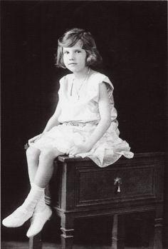 """Princess Ekaterina Ioannovna Romanova of Russia ~ one of the last Romanovs born in Imperial Russia.She was the daughter of Prince Ioann Konstantinovich Romanov of Russia and Princess Elena Petrovna Romanova of Russia. """"AL"""""""