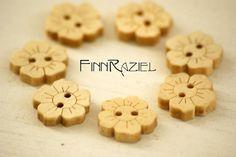 10 Wooden button flowers 15x15mm children buttons by finnraziel, €2.20