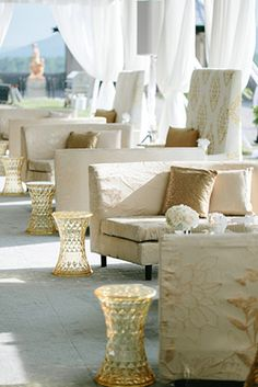 white and gold wedding lounge // Engage!13: Great Gatsby Wedding Theme // engage13.com at the Biltmore Estate http://www.biltmore.com/
