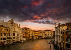#SunSet in #Venice from the #AccademiaBridge. The Ponte dell'Accademia over an unusually quiet #GrandCanal #Zcreators #createyourlight #appicoftheweek #JustGoShoot #PicOfTheDay #WexPhoto #PhotoOfTheDay @uknikon #ThePhotoHour #FotoRshot #InstaGood #InstaPhoto #landscape #landscapephotography #LandscapeLovers #BeautifulLandscape #Viewpoint #travel #travelphotography #travelphotographer #TravelTheWorld #ShareTravelPics #WorldExplorer Photography Workshops, Creative Photography, Landscape Photography, Uk Europe, Grand Canal, Travel Photographer, Holiday Travel, Travel Pictures, Beautiful Landscapes