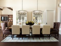 Gorgeous Drum Shade Chandelier for Simple yet Luxurious Touch: Marvelous Modern Dining Room Design Interior With White Drum Shade Chandelier. Modern Dining Room Lighting, Dining Table Lighting, Dining Decor, Dining Room Design, Modern Room, Dining Room Chairs, Dining Room Furniture, Table Lamps, Dining Rooms
