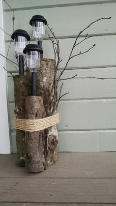 Confessions of an Ex-Ballerina: DIY solar light - porch piece - diy solar lights Diy Solar, Solar Light Crafts, Solar Led, Porch Lighting, Outdoor Lighting, Outdoor Decor, Lighting Ideas, Garden Crafts, Garden Projects