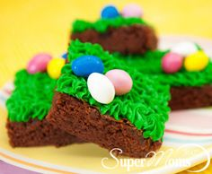 Easter Brownies | Easter Desserts | Easter Recipes for Kids | M&Ms | Easter Party Recipes | Easter Chocolate | Easter Eggs | The kids will be racing to the dessert table when they see these chewy chocolate treats.  ...