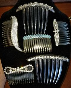 https://www.ebay.com/itm/Vintage-Lot-of-6-Rhinestone-Hair-Combs-Mid-Century-Clear-Blue-Lovely/273121464227?hash=item3f974ecfa3:g:2iUAAOSwx5lasnl4