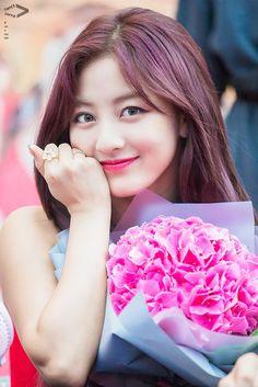 Nayeon, Kpop Girl Groups, Korean Girl Groups, Kpop Girls, Park Ji Soo, Korean Beauty Girls, Jihyo Twice, Twice Once, Korean K Pop