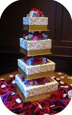 Elegant Square Ivory and Gold Wedding Cake