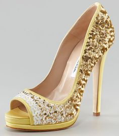 Oscar de la Renta - Pretty in Gold