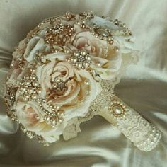 Wedding Bouquet Beautiful Elegant Wedding bouquet Mon Atelier Other