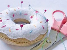 Cute little doughnut pincushion - how to avoid temptation with no sugar coating