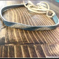 Leather cowhide choker