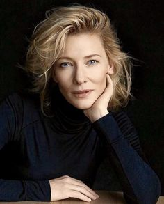 Cate Blanchett, 2018 portrait for Cannes Film Festival presidency Headshot Poses, Portrait Poses, Studio Portraits, Female Portrait, Cate Blanchett, Photography Women, Portrait Photography, Poses Photo, Corporate Headshots