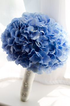 70 Ideas For Flowers Bouquet Wedding Hydrangea Prom Flowers, Blue Wedding Flowers, Bridal Flowers, Flower Bouquet Wedding, Floral Wedding, Wedding Colors, Blue Hydrangea Bouquet, Hortensia Hydrangea, Bride Bouquets