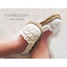 Ravelry: Baby Girl Espadrille Shoes pattern by Yarn Blossom BoutiqueCream and beige crochet baby shoes.CROCHET PATTERN Baby Girl Espadrille Shoes sizes included from months) so cute! Wish I had another baby niece to make these for :)This CROCHET PATTERN B Crochet Baby Sandals, Crochet Shoes, Booties Crochet, Crochet Slippers, Baby Slippers, Crochet Dresses, Espadrilles, Espadrille Shoes, Crochet Bebe