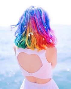 Experts who used to work ombre styles are now concentrating on fancy rainbow hair colors these days. Looking for Christmas Hair Colors Ideas? Here is 7 Crazy Rainbow Christmas Hair Colors Ideas for Trendy Girls to wear, Check them NOW Pelo Multicolor, Coiffure Hair, Pretty Hair Color, Vivid Hair Color, Feed In Braid, Christmas Hair, Christmas Colors, Aesthetic Hair, Hair Dye Colors