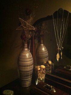 Bought the vase and sticks/stars/balls seperate. Sticks, Balls, Vase, Diy, Stuff To Buy, Home Decor, Homemade Home Decor, Bricolage, Flower Vases