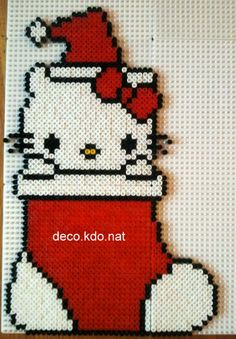 Christmas Hello Kitty hama perler beads by deco.kdo.nat