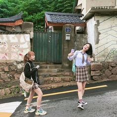Ullzang Girls, Cute Girls, Korean Girl, Asian Girl, Teen Web, Teen Images, Web Drama, Girl Korea, Korean Aesthetic