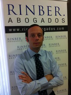 "Manuel Rincón, Abogado, Socio y Dorector de RINBER ABOGADOS Málaga, ""... Personas que explican el Derecho a Personas… "", Conocimiento del Derecho, cercanía y claridad, son nuestros valores. Nuestro objetivo, que nuestros clientes conozcan la realidad Shirt Dress, Mens Tops, Shirts, Fashion, Goal, Lawyers, Law, Knowledge, People"