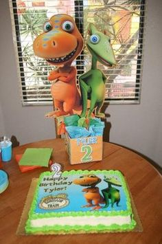 Dinosaur Train Birthday Party Centerpiece @ playpatterns.net