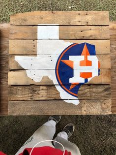 Houston Astros Logo Pallet Wood Oil Painting. Worldwide Shipping