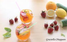Acqua+aromatizzata+alle+fragole+|+Ricetta+facile