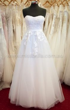 Miss Bella has THE LARGEST Range of Brand-New, In-Store Deb Dresses in Melbourne. We have over Deb Dresses to buy off the rack! Deb Dresses, Pretty Dresses, Prom Dresses, Formal Dresses, Tulle Prom Dress, Lace Dress, White Dress, Perfect Wedding Dress, Dream Wedding Dresses