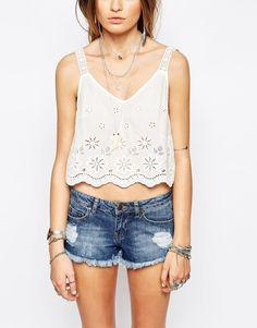 Imagen 3 de Top de algodón tipo camisola con bordados de Glamorous