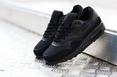Nike Air Max 1 GS Triple Black on Trends Periodical #Nike