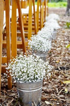 24 Baby's Breath Wedding Ideas For Rustic Weddings ❤ These small white and blush buds will add a fragrant smell and an airy aesthetic to your celebration. See our gallery of baby's breath wedding ideas: http://www.weddingforward.com/babys-breath-wedding-ideas/ #weddings #decorations #WeddingIdeasFlowers
