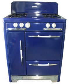 Vintage stove to go with the SMEG refrigerator!