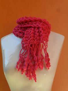 cachecol em trico c/ barrado em croche https://www.facebook.com/artesdairis