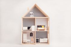 * Oferowany na tej aukcji domek to produkt ekologiczny, hand-made, wykonany w 100 % z drewna, bez użycia gwoździ! Wyprodukowany w Polsce*