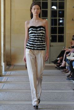 Bouchra Jarrar   Fall 2014 Couture   11 Monochrome feathered strapless top and white trousers