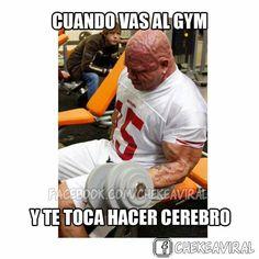 Cuando vas al gym y te toca hacer cerebro