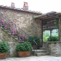 Tuscan courtyard #CourtYard #Landscape #Outdoor  ༺༺  ❤ ℭƘ ༻༻  IrvineHomeBlog.com