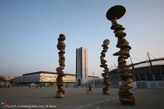 PalaOlimpico (Isozaki), Stadio Olimpico, torre Maratona, Punti di vista, Tony Cragg
