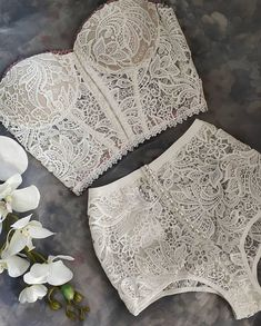'objectivist in dreams, visual lover of forms and the aspects of nature- Fragmentacy' Lingerie Outfits, Lingerie Sleepwear, Lingerie Set, Nightwear, Pretty Lingerie, Beautiful Lingerie, Elegantes Outfit, Lingerie Collection, Bridal Lingerie