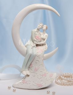 Great White Resin Classic Couple Wedding Cake Toppers