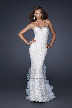 La Femme Dress 17614 at Peaches Boutique