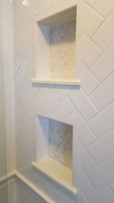57 Amazing Small Master Bathroom Tile Makeover Design Ideas - Page 54 of 60 Bathroom Renos, Bathroom Renovations, Regal Bad, Ideas Baños, Tile Ideas, Decor Ideas, Toilette Design, Shower Niche, Diy Shower