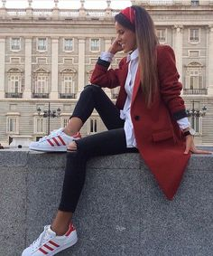 Casual chic @doses_of_style By @isa_gme Shop in our link in bio