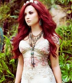 Demi Lovato Hairstyles: Shaggy Long Curls