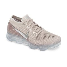 Women s Nike Air Vapormax Flyknit Running Shoe (€165) ❤ liked on Polyvore  featuring shoes, athletic shoes, air cushion shoes, grip shoes, running  shoes, ... ba2979175c35