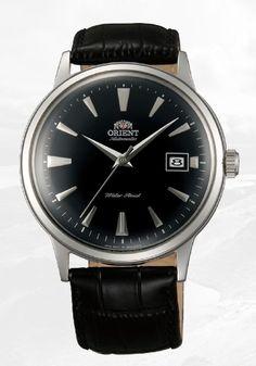 Montre Homme Orient Bambino FER24004B0, bracelet en cuir et boîtier en acier, cadran noir.