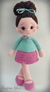 Emily - My Most Beautiful Knitting: Doutor fêmea Candidato Amigurumi :) Flores de ganchillo Find and save knitting and crochet schemas simple recipes and other ideas collected with love Crochet Hearts Flower Crochet Crocheted Flower This Pin was discover Crochet Doll Pattern, Crochet Toys Patterns, Amigurumi Patterns, Stuffed Toys Patterns, Crochet Crafts, Doll Patterns, Crochet Projects, Amigurumi Animals, Amigurumi Doll
