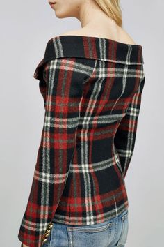 wool jacket using fabric from Alexanders of Scotland. Courtesy of Faith-Connexion. I want this in my tartan for going to Celtic Festivals and everyday use of course. Mode Tartan, Tartan Plaid, Tartan Dress, Fashion Mode, Womens Fashion, Tartan Fashion, Scottish Fashion, Mode Blog, Mode Inspiration