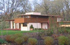 Gordon-House-Exterior Frank Lloyd Wright, Silverton, OR Homes In Portland Oregon, Silverton Oregon, Usonian House, Oregon Garden, Salem Oregon, Retro Renovation, Frank Lloyd Wright, Mid Century House, Great Places