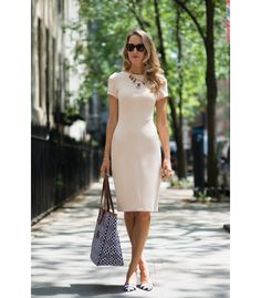 "8 Closet ""Must-Haves"" for the Professional Women 